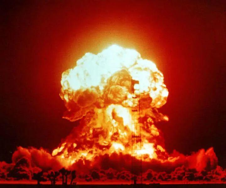 """【安全圈】""""迂回式""""攻击,美军核导弹机密被窃!"""