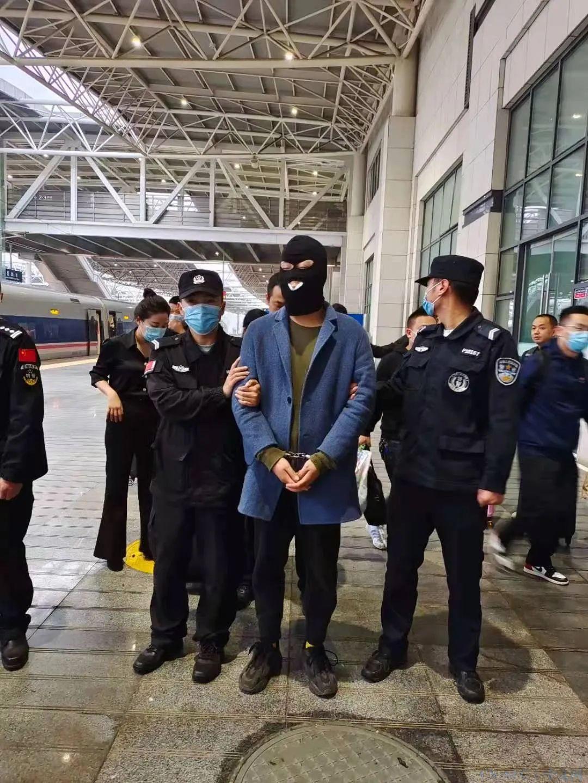 【安全圈】抓获45人!岳阳警方11路奇兵赴7省,捣毁特大跨境犯罪团伙