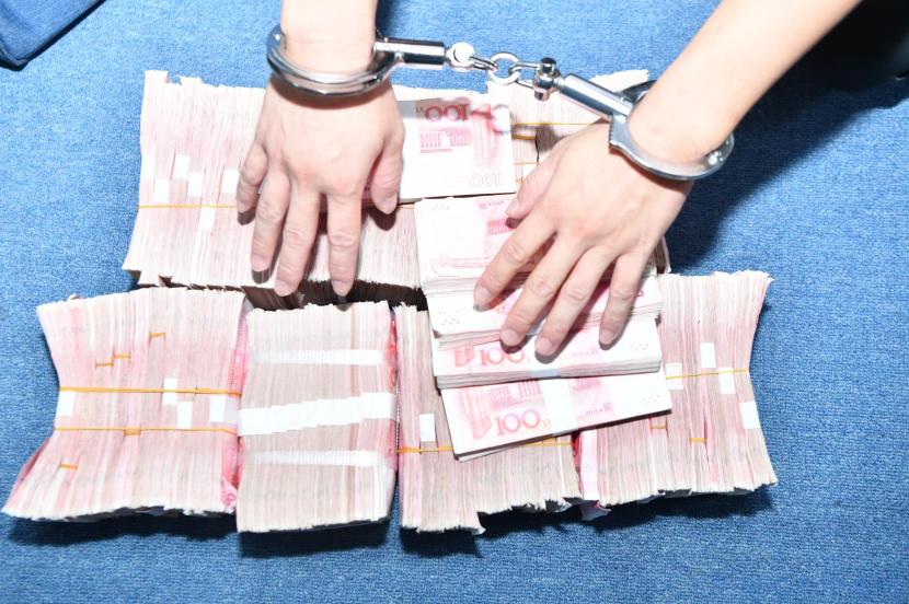 【安全圈】海南警方侦破一起特大跨境网络赌博案 全环节精准打击彩票类网络赌博