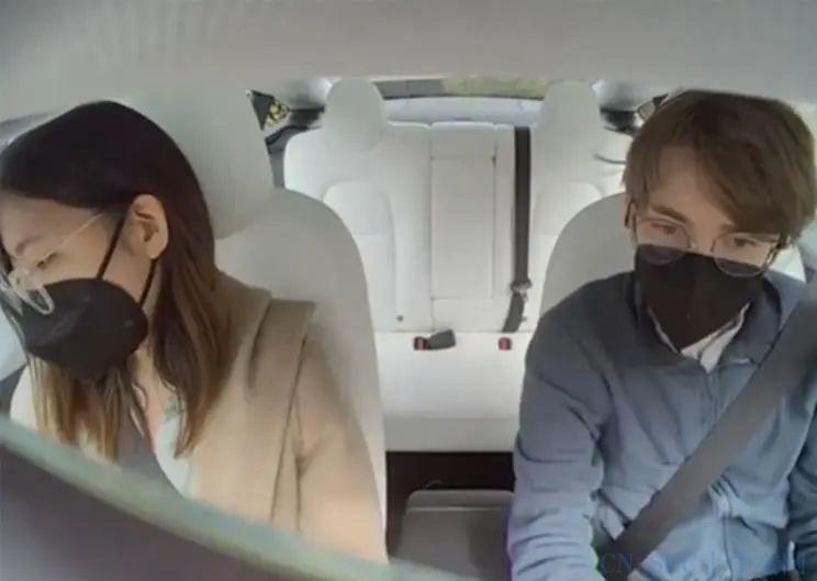 驾驶室摄像头是否有必要?特斯拉被怼上热搜